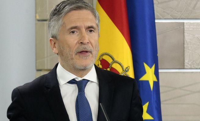 Fernando Grande-Marlaska cesa al número tres de la Guardia Civil