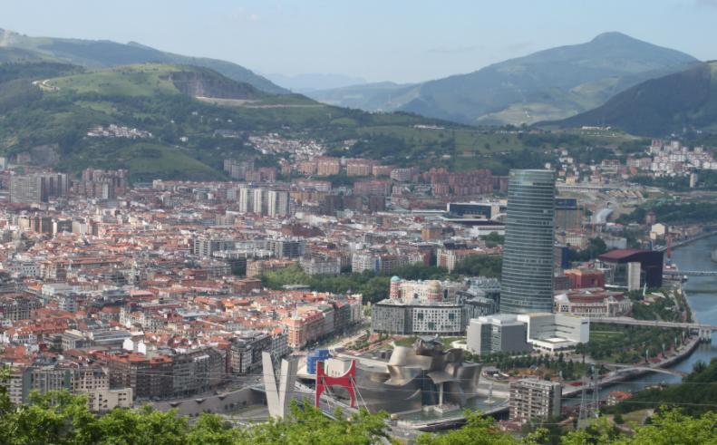 El Ayuntamiento de Bilbao pone en marcha a través del Área de Regeneración Urbana un Plan Renove de Viviendas para familias en barrios vulnerables