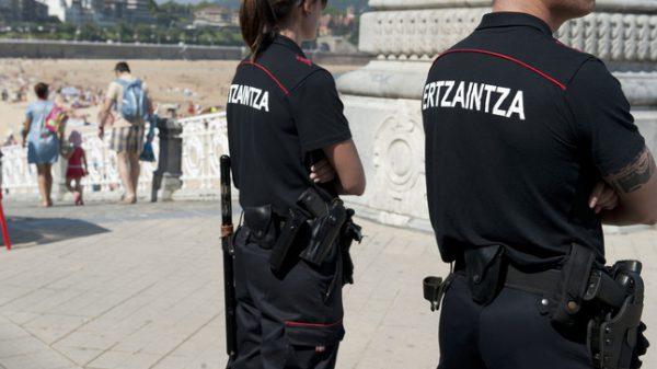 Detenido por robar con violencia en un establecimiento de Donostia