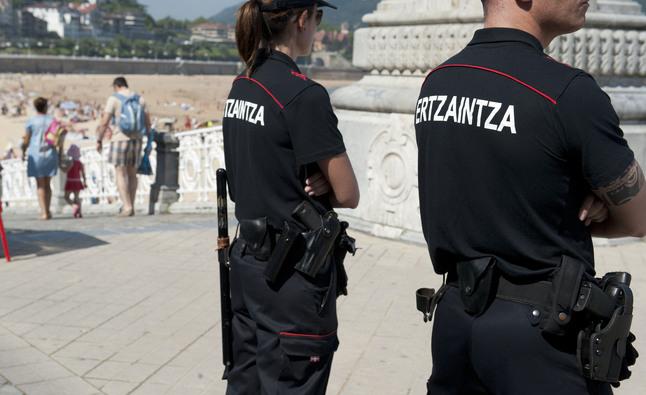 Dos detenidos por robar en un restaurante de Donostia