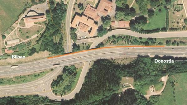 La Diputación de Bizkaia instala una pantalla de protección acústica en la autopista AP-8 en Zaldibar