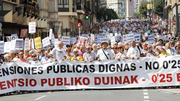 Los pensionistas vascos solicitan a los partidos que se pronuncien en torno a sus reivindicaciones