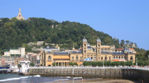 San Sebastián busca visitantes cercanos para que redescubran la ciudad