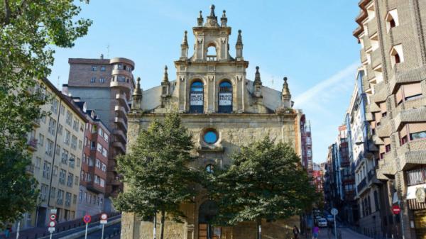 La sala Bilborock del Ayuntamiento de Bilbao acoge este viernes su primer evento desde la reapertura de las instalaciones