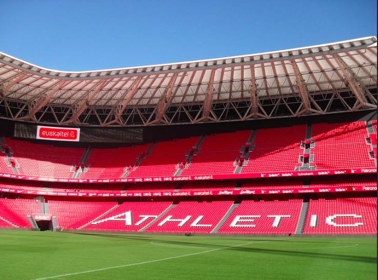 San Mamés y el Reale Arena podrían acoger la fase final de la Champions League femenina